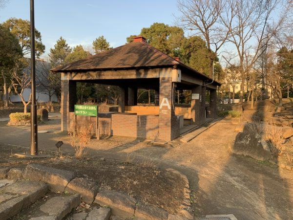平和島キャンプ場の炊事棟
