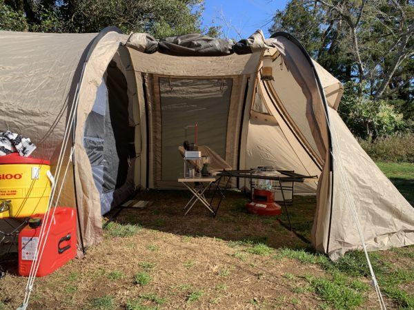 冬キャンプでのカマボコテントミニ