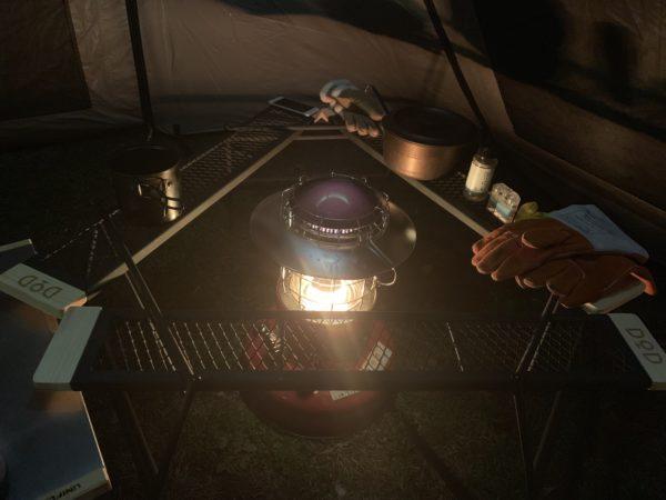 「カマボコテントミニ」に石油ストーブを設置したレイアウト(5)