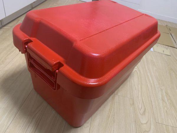 無印の「頑丈収納ボックス」を赤く塗装が完了