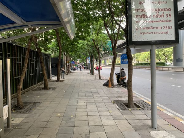 タイのシーロムの通り