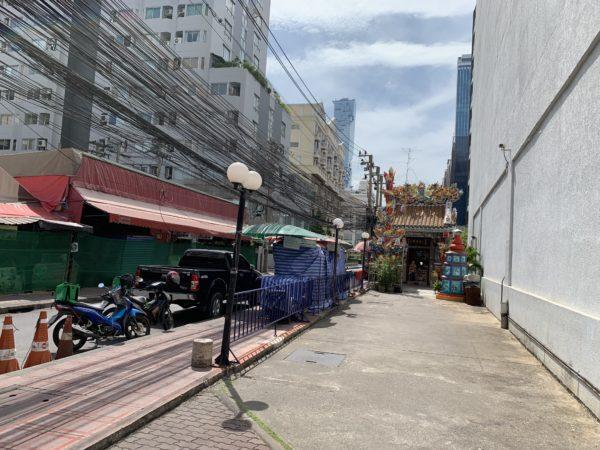SalaDaeng2Alley(サラデーン2通り)