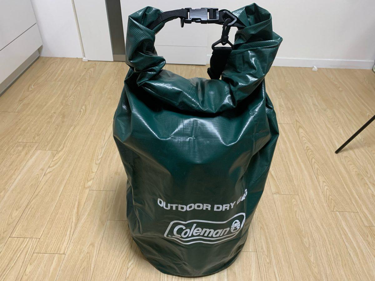コールマン「アウトドアドライバッグ/L」をトヨトミレインボーストーブの収納ケースとして使う