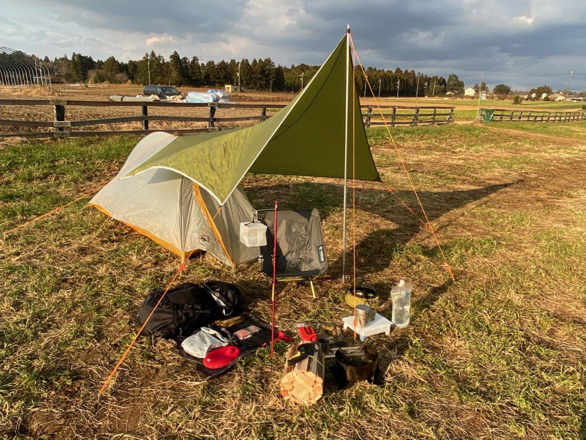 ソロキャンプ道具一式設営した状態